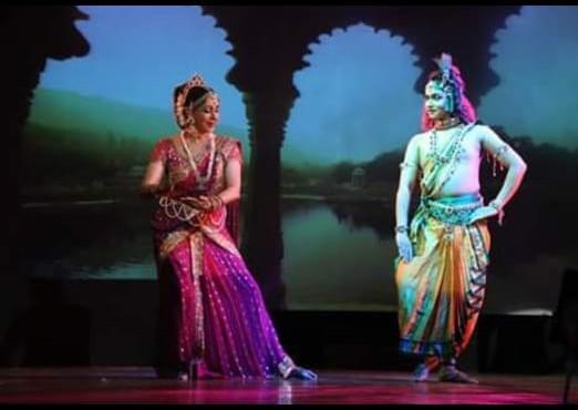 Hema Malini Dancing Kathak
